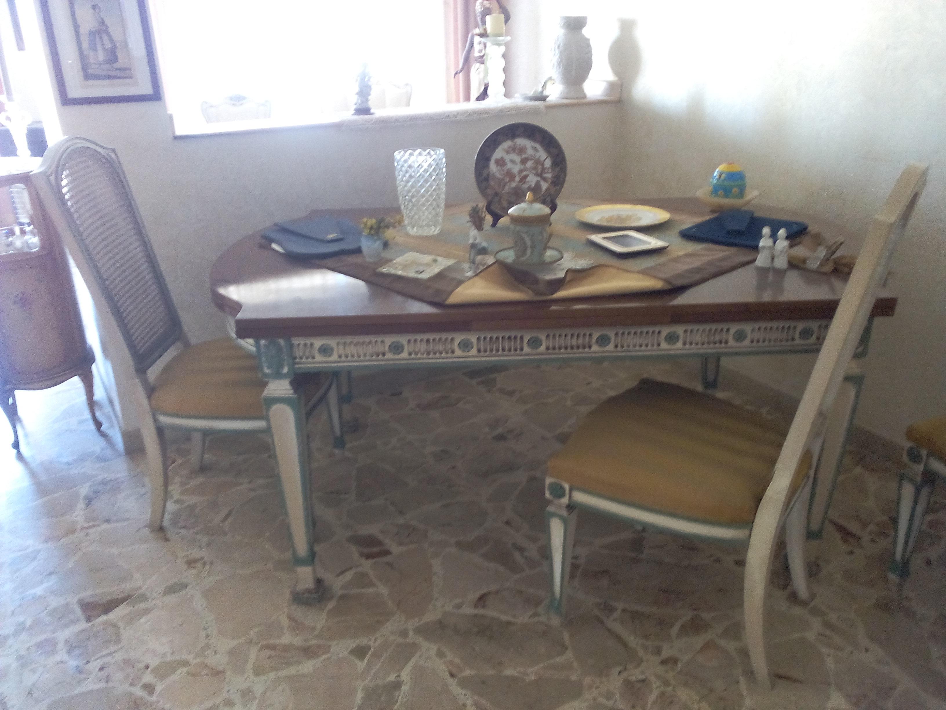 Tavolo mimmo professionista dell 39 usato for Tavolo da pranzo con sedie