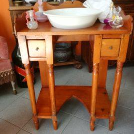 Lavamani in legno